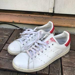 le adidas whitered stan smith numero 9 poshmark